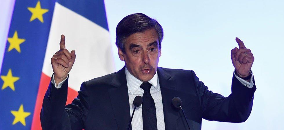 Fillon : Macron et Bayrou sont