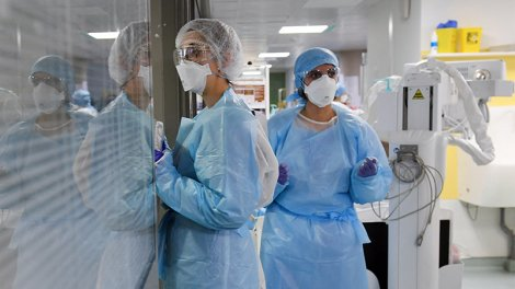 Covid-19 : vers une vaccination obligatoire des soignants ? - Actu Orange