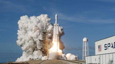 Bretagne : les satellites d'Elon Musk au cœur des rumeurs les plus folles - Actu Orange