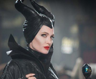 Angelina Jolie prête à reprendre son rôle de Maléfique ?