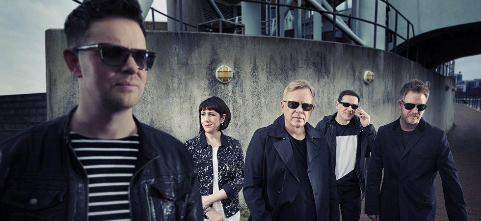 "New Order dévoile le single ""Restless"""