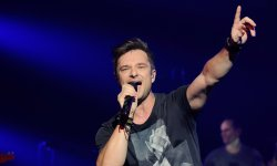 "David Hallyday : ""Johnny est devenu un mythe extraordinaire en France"""