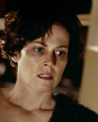Sigourney Weaver en négo pour The Mortal Instruments 2