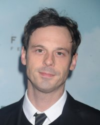 Batman vs Superman : Scoot McNairy rejoint le casting