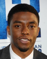 Chadwick Boseman sera James Brown sur grand écran