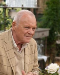 Anthony Hopkins en roi de la bière face à Sam Worthington