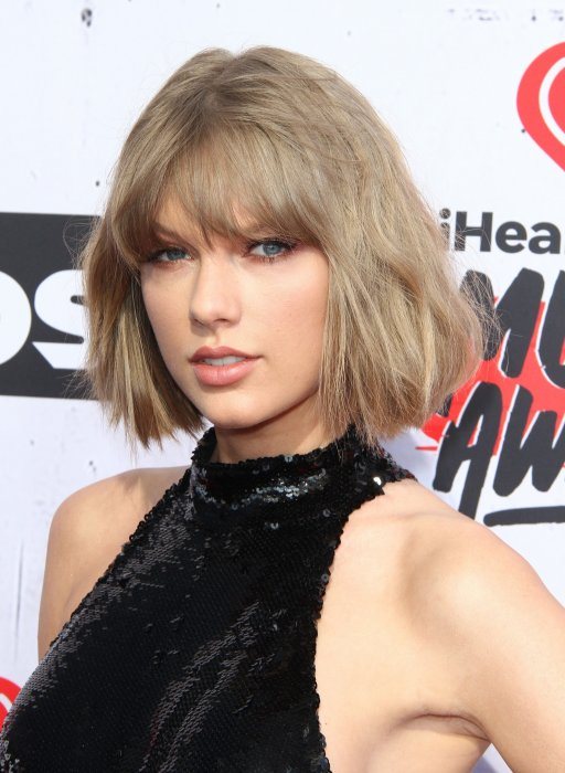 Taylor Swift croit en son horoscope