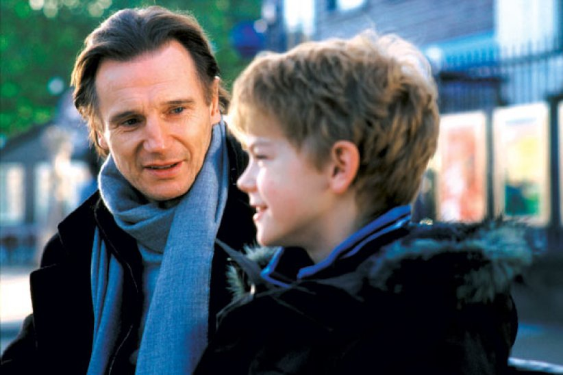 "Liam Neeson dans ""Love Actually"""