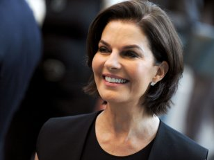 Independence Day 2 : Sela Ward à la tête des Etats-Unis !
