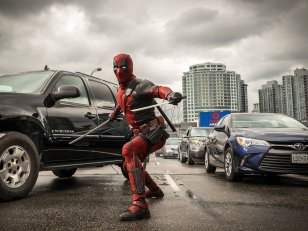 Deadpool 2 : Ryan Reynolds invite un fan à l'avant-première
