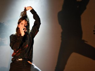 "Christine and the Queens à Coachella : ""Je suis arrivée tel un boxeur"""