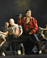 Christine and the Queens planche sur son troisième album