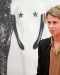 "Tom Odell : l'interprète du tube ""Another Love"" revient avec un nouvel album"