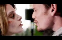 Burying the Ex - bande annonce - VO - (2014)