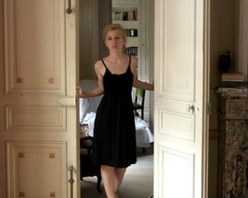 Lise Bellynck Nude Photos 2