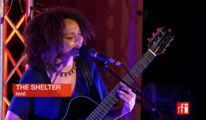 "Maë chante ""The Shelter"" - Libres ensemble RFI-OIF"