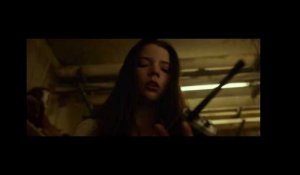 SPLIT // Clip - Walkie Talkie (NL/FR sub) (Universal Pictures)