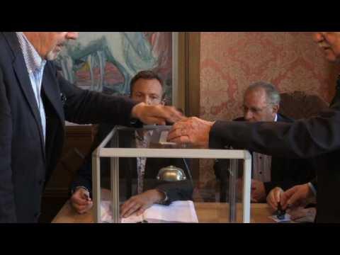 Italie vote incertain entre poussée de la droite et montée des