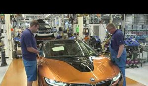 Final assembly BMW i8 Coupé and BMW i8 Roadster at BMW Group Plant Leipzig