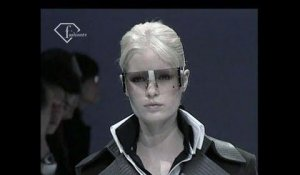 Lagerfeld Gallery Fall/Winter 2004/05 ft Isabeli Fontana and Liya Kebede | FashionTV