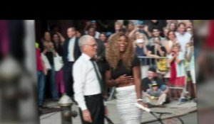 Serena Williams apprend quelques trucs à David Letterman
