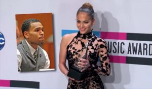 Jennifer Lopez prend la défense de Chris Brown