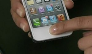 Le nouvel iPhone 4S d'Apple dispose de commandes vocales