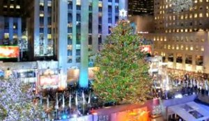 Le sapin de Noël du Rockfeller Center s'illumine à New York