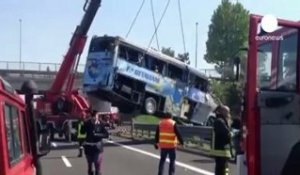 Italie: Accident meurtrier de car
