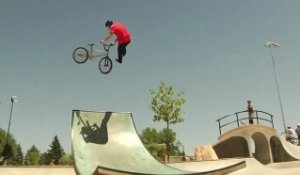 DC Shoes - Aim to Miss BMX Tour