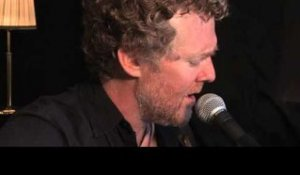 Glen Hansard - Love Don't Leave Me Waiting (Live)