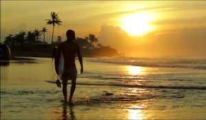 Happy International Surfing Day - Oakley Pro Bali