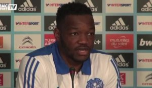 Football / Les mises au point de Mandanda - 17/10