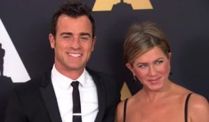 Jennifer Aniston raconte comment Justin Theroux est sorti du placard