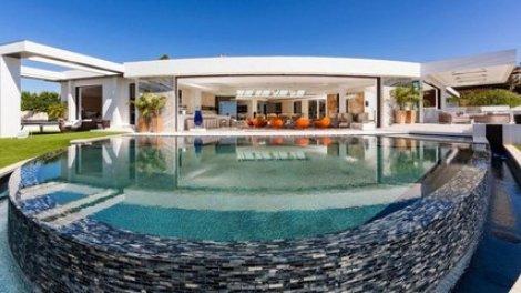 Le Createur De Minecraft S Offre La Villa La Plus Chere De Beverly Hills 70 Millions De Dollars Sur Orange Videos