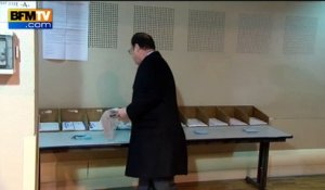 François Hollande vote à Tulle