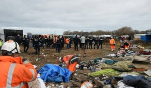 Calais: démantèlement de la Jungle.