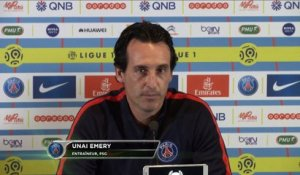 "Paris - Emery : ""Cavani et Thiago Silva forfaits"""
