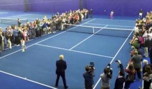 ATP / WTA / Tennis - Donald Trump jouant au tennis contre Serena Williams en Virginie en avril 2015