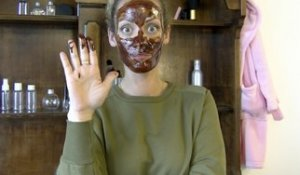 Vidéo : Do It Yourself : Masque au chocolat pour le visage !