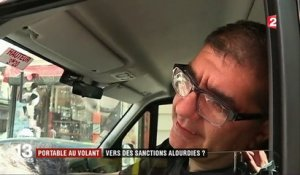 Portable au volant : vers des sanctions alourdies ?