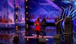 "Mandy Harvey : la chanteuse sourde qui a bouleversé le jury de ""America's Got Talent"""