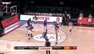 Basket - Euroligue (H) : L'Olympiakos reste au contact