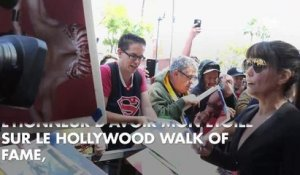 PHOTOS. Lynda Carter inaugure son étoile sur Hollywood Boulevard