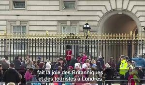 Bébé royal: réactions à Buckingham Palace