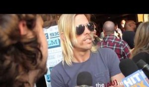 Sound City Players: Taylor Hawkins (Foo Fighters) - Red Carpet Interview at SXSW.