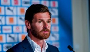 "André Villas-Boas : "" On aura encore des matches difficiles.."""