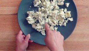 Cheese Naan à la Fourme d'Ambert