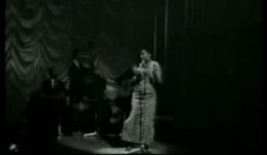 Miriam Makeba - The Click Song (1966)