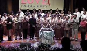 Indonesian Ethnic Chinese Hold Charity Concert